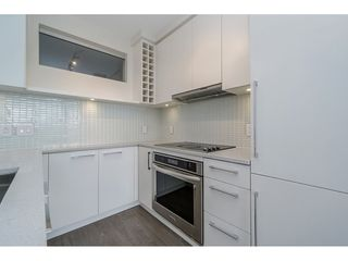 "Photo 9: 2005 668 COLUMBIA Street in New Westminster: Quay Condo for sale in ""TRAPP & HOLBROOK"" : MLS®# R2203943"