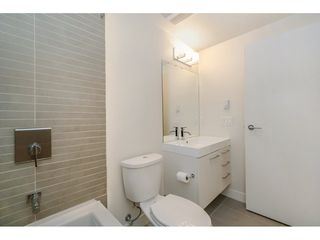 """Photo 13: 2005 668 COLUMBIA Street in New Westminster: Quay Condo for sale in """"TRAPP & HOLBROOK"""" : MLS®# R2203943"""