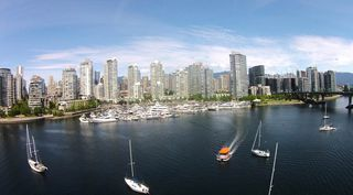 """Photo 7: 42 1088 MARINASIDE Crescent in Vancouver: Yaletown Condo for sale in """"QUAYSIDE MARINA"""" (Vancouver West)  : MLS®# R2376189"""