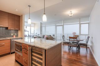 Photo 9: 2203 6188 WILSON Avenue in Burnaby: Metrotown Condo for sale (Burnaby South)  : MLS®# R2343687