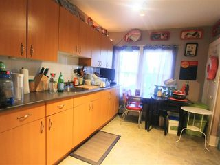 Photo 4: 371 E 16TH Avenue in Vancouver: Mount Pleasant VE House for sale (Vancouver East)  : MLS®# R2331457