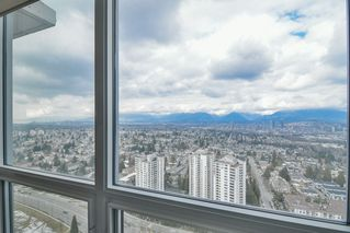 """Photo 7: 3901 5883 BARKER Avenue in Burnaby: Metrotown Condo for sale in """"ALDYANNE ON THE PARK"""" (Burnaby South)  : MLS®# R2348636"""