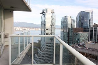 "Photo 12: 3502 1111 W PENDER Street in Vancouver: Coal Harbour Condo for sale in ""VANTAGE"" (Vancouver West)  : MLS®# R2331426"