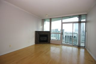 "Photo 2: 3502 1111 W PENDER Street in Vancouver: Coal Harbour Condo for sale in ""VANTAGE"" (Vancouver West)  : MLS®# R2331426"