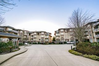 """Photo 18: 304 7337 MACPHERSON Avenue in Burnaby: Metrotown Condo for sale in """"CADENCE"""" (Burnaby South)  : MLS®# R2337902"""