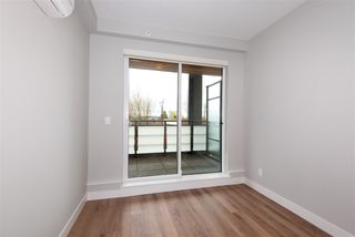 """Photo 13: 307 4289 HASTINGS Street in Burnaby: Vancouver Heights Condo for sale in """"Modena"""" (Burnaby North)  : MLS®# R2358636"""