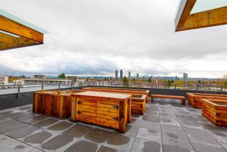 """Photo 17: 307 4289 HASTINGS Street in Burnaby: Vancouver Heights Condo for sale in """"Modena"""" (Burnaby North)  : MLS®# R2358636"""