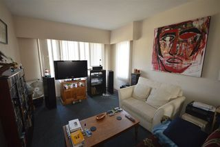 Photo 11: 5260 INVERNESS Street in Vancouver: Knight House for sale (Vancouver East)  : MLS®# R2355586