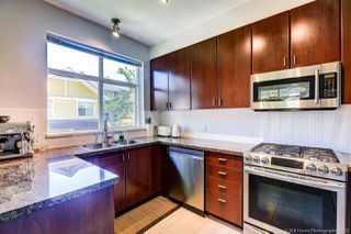 """Photo 17: 90 6878 SOUTHPOINT Drive in Burnaby: South Slope Townhouse for sale in """"CORTINA"""" (Burnaby South)  : MLS®# R2480680"""