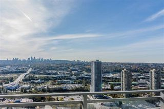 """Photo 11: 3409 2008 ROSSER Avenue in Burnaby: Brentwood Park Condo for sale in """"SOLO DISTRICT - STRATUS"""" (Burnaby North)  : MLS®# R2411300"""