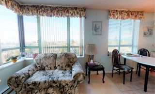 """Photo 11: 804 6611 SOUTHOAKS Crescent in Burnaby: Highgate Condo for sale in """"GEMINI 1"""" (Burnaby South)  : MLS®# R2464575"""