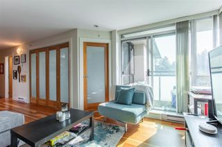 """Photo 8: 407 2515 ONTARIO Street in Vancouver: Mount Pleasant VW Condo for sale in """"ELEMENTS"""" (Vancouver West)  : MLS®# R2528697"""