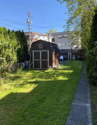 Photo 2: 1540 E 3RD Avenue in Vancouver: Grandview Woodland House for sale (Vancouver East)  : MLS®# R2461075