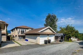 Photo 28: 5938 HARDWICK Street in Burnaby: Central BN 1/2 Duplex for sale (Burnaby North)  : MLS®# R2497096