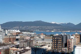 """Photo 1: 1807 188 KEEFER Street in Vancouver: Downtown VE Condo for sale in """"188 Keefer"""" (Vancouver East)  : MLS®# R2453086"""