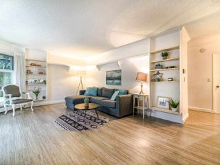 """Photo 10: 108 2250 OXFORD Street in Vancouver: Hastings Condo for sale in """"LANDMARK OXFORD"""" (Vancouver East)  : MLS®# R2528239"""