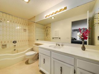 """Photo 13: 4349 ARBUTUS Street in Vancouver: Quilchena Townhouse for sale in """"ARBUTUS WEST"""" (Vancouver West)  : MLS®# R2498028"""
