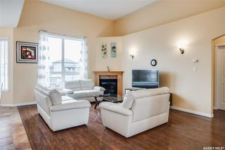 Photo 6: 127 Bennion Crescent in Saskatoon: Willowgrove Residential for sale : MLS®# SK790660