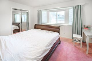 Photo 16: 5812 DUMFRIES Street in Vancouver: Killarney VE House for sale (Vancouver East)  : MLS®# R2528055