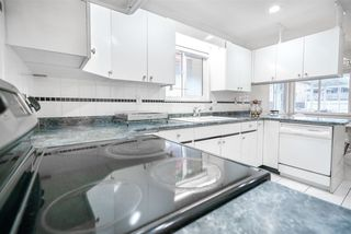 Photo 9: 5812 DUMFRIES Street in Vancouver: Killarney VE House for sale (Vancouver East)  : MLS®# R2528055