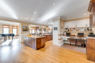"""Photo 6: 3327 LAKEDALE Avenue in Burnaby: Government Road House for sale in """"Government Road Area"""" (Burnaby North)  : MLS®# R2322333"""