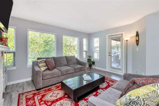 "Photo 3: 423 6707 SOUTHPOINT Drive in Burnaby: South Slope Condo for sale in ""MISSION WOODS"" (Burnaby South)  : MLS®# R2470852"