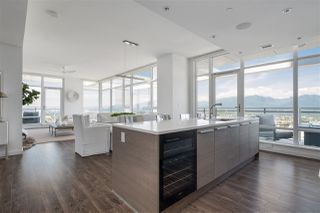 """Photo 5: 4802 4485 SKYLINE Drive in Burnaby: Brentwood Park Condo for sale in """"SOLO II"""" (Burnaby North)  : MLS®# R2470748"""