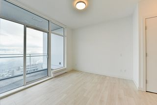 """Photo 9: 4908 4670 ASSEMBLY Way in Burnaby: Metrotown Condo for sale in """"STATION SQUARE 2"""" (Burnaby South)  : MLS®# R2346789"""