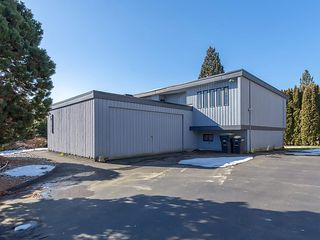 Photo 19: 3565 DALEBRIGHT Drive in Burnaby: Government Road House for sale (Burnaby North)  : MLS®# R2346546