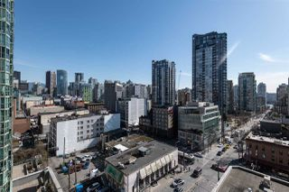 """Photo 14: 1101 1212 HOWE Street in Vancouver: Downtown VW Condo for sale in """"1212 HOWE"""" (Vancouver West)  : MLS®# R2351549"""