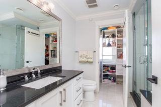Photo 12: 396 E 54TH Avenue in Vancouver: South Vancouver House for sale (Vancouver East)  : MLS®# R2348919