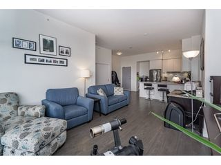 """Photo 4: 712 668 COLUMBIA Street in New Westminster: Quay Condo for sale in """"TRAPP AND HOLBROOK"""" : MLS®# R2178906"""