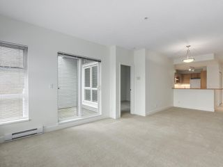 "Photo 6: 301 6198 ASH Street in Vancouver: Oakridge VW Condo for sale in ""THE GROVE"" (Vancouver West)  : MLS®# R2332430"