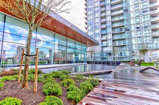 """Photo 18: 5202 4670 ASSEMBLY Way in Burnaby: Metrotown Condo for sale in """"STATION SQUARE"""" (Burnaby South)  : MLS®# R2355560"""