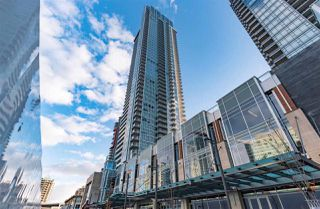 """Photo 2: 5202 4670 ASSEMBLY Way in Burnaby: Metrotown Condo for sale in """"STATION SQUARE"""" (Burnaby South)  : MLS®# R2355560"""