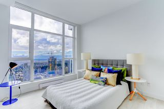 """Photo 11: 5202 4670 ASSEMBLY Way in Burnaby: Metrotown Condo for sale in """"STATION SQUARE"""" (Burnaby South)  : MLS®# R2355560"""