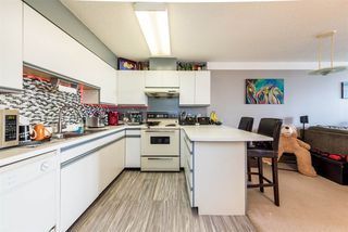 """Photo 7: 2001 3970 CARRIGAN Court in Burnaby: Government Road Condo for sale in """"The Harrington"""" (Burnaby North)  : MLS®# R2481608"""