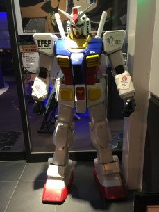 Hey, it's a Gundam!