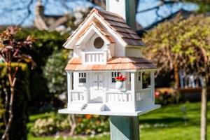 Gardening Presents: Backyard Bird Cottage