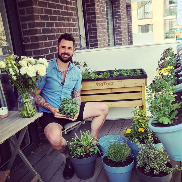Small space garden hacks