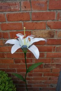 Garden jewellery: Adding personality to your garden