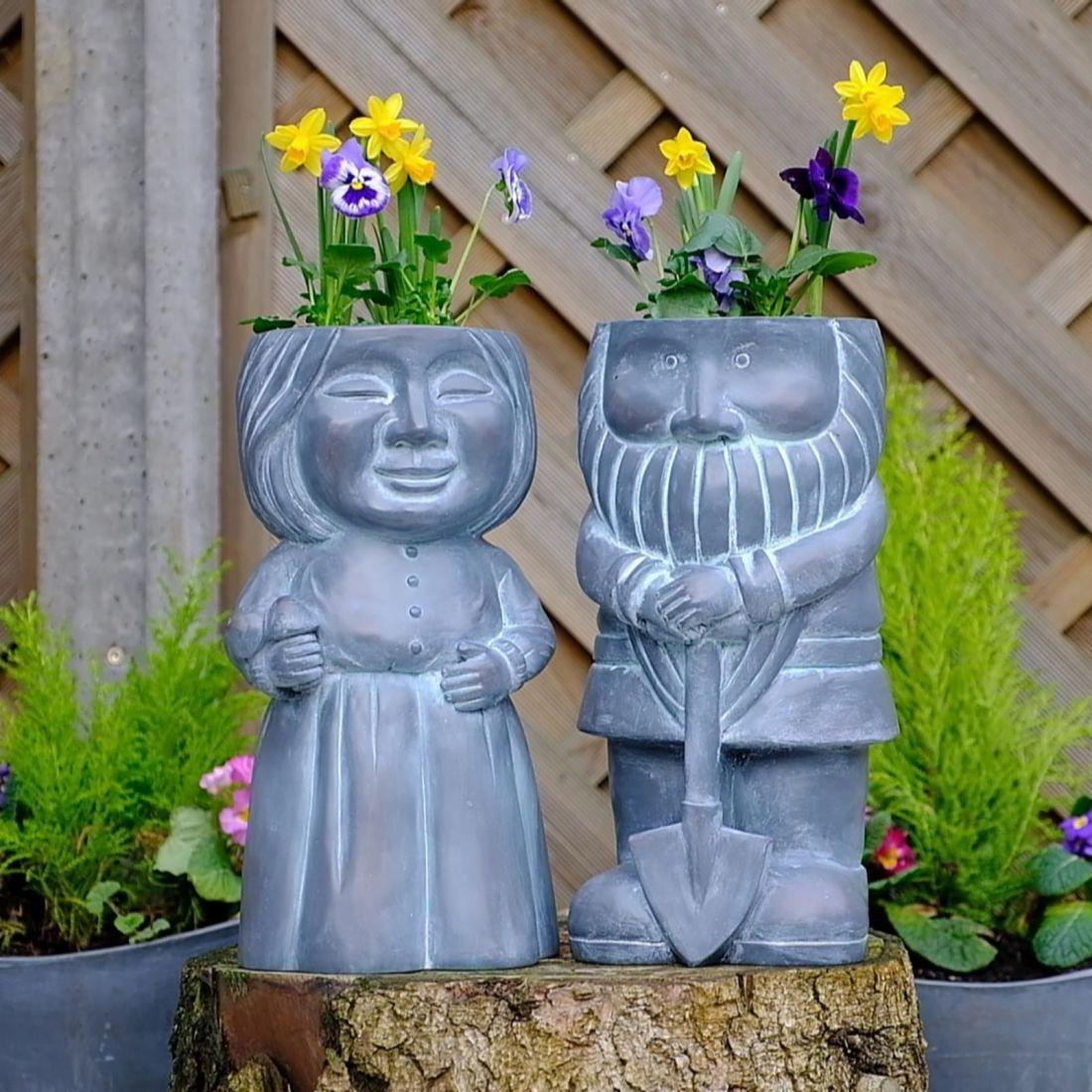 Gnome planter set