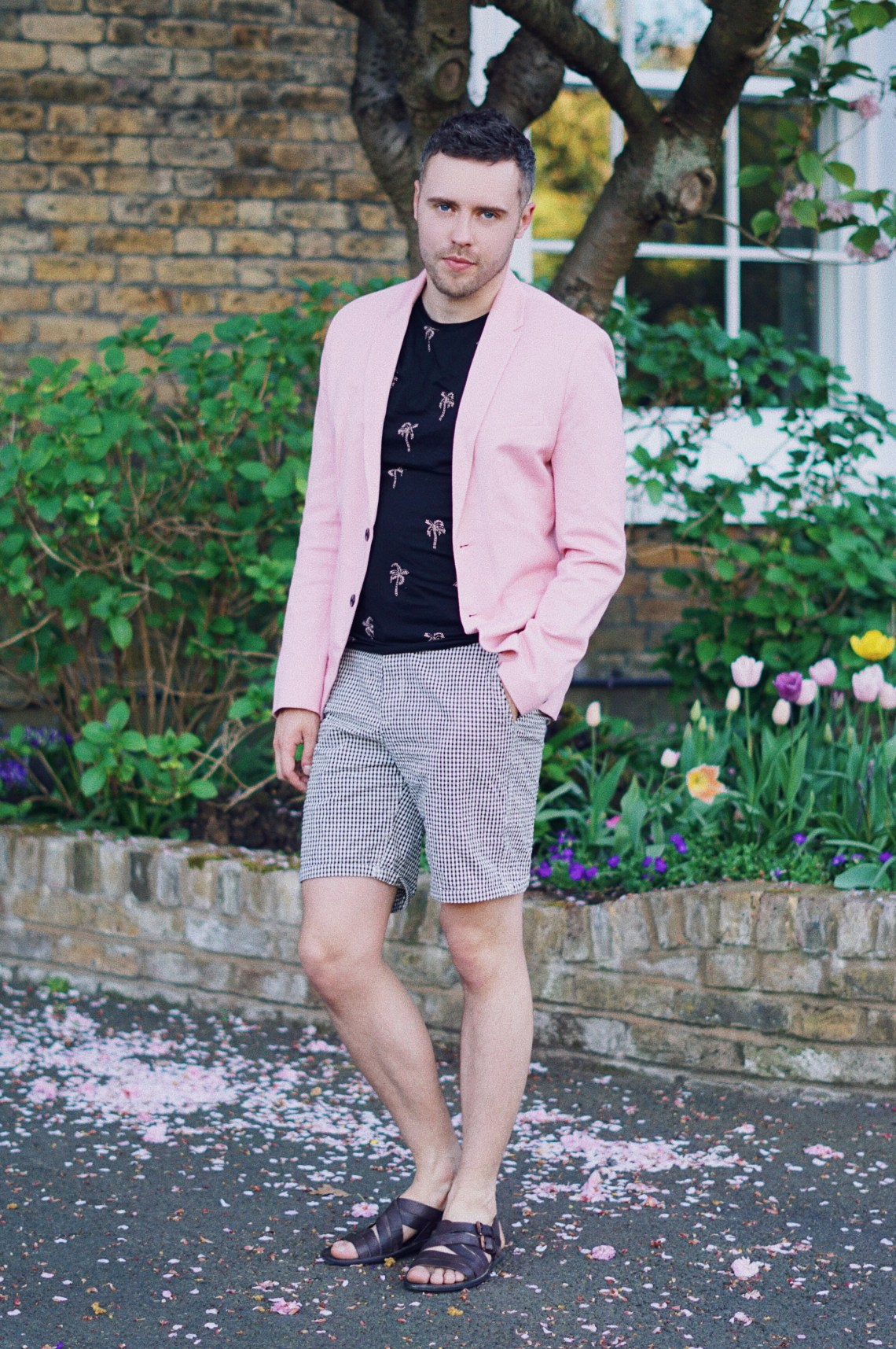 Pink Matter. Wearing Zara Blazer, Palm Springs Embroidered T-Shirt, Gingham Check Bermuda Shorts and Brown Leather Strappy Sandals. Shot in Hampstead. Blog by Skirmantas Petraitis