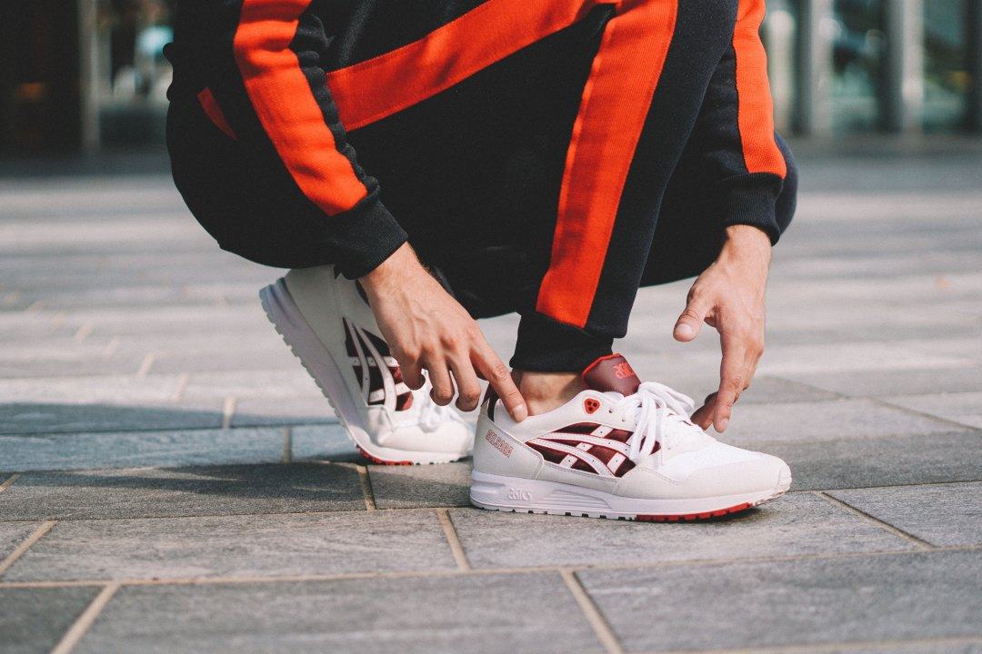 ASICS GEL-SAGA TRAINERS in WHITE/SAMBA. Blog by Skirmantas Petraitis.