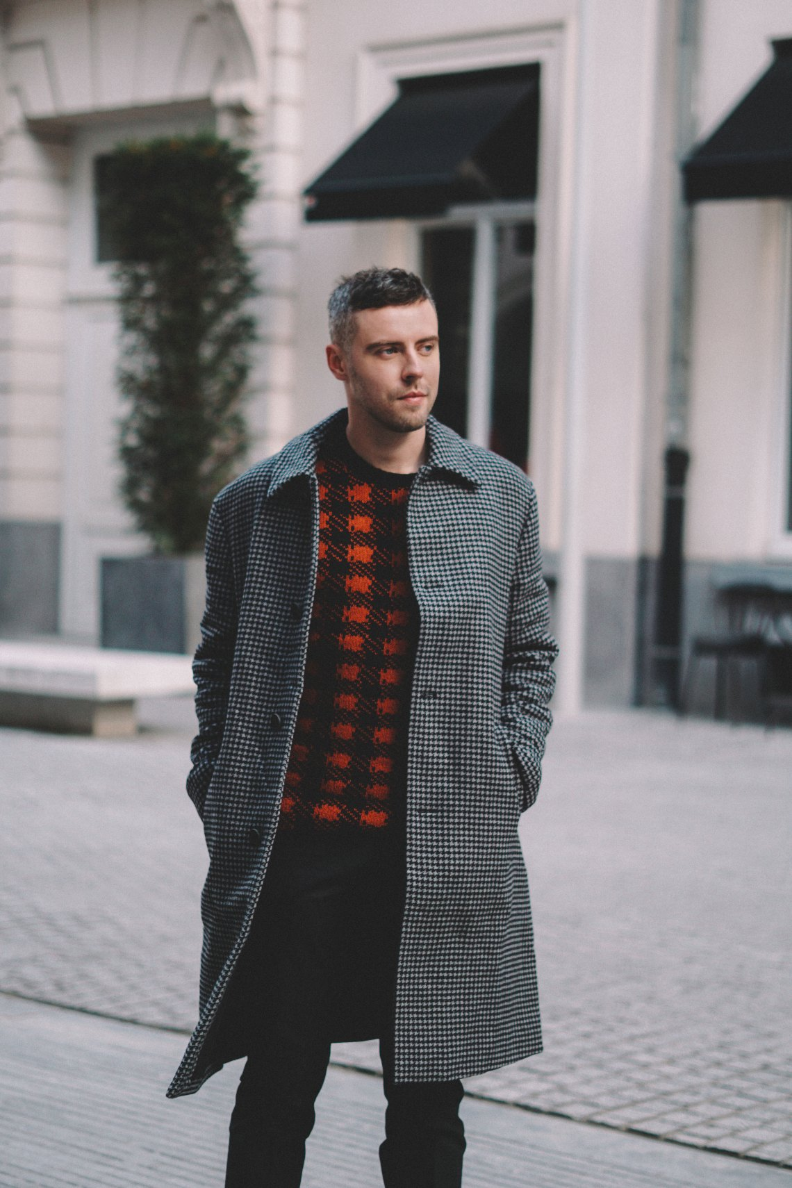Weekend break in Brussels. Wearing Double Dogtooth Check Coat, Mohair Plaid Crew Neck Jumper and Micro Dogtooth Stretch Trousers from French Connection. Blog by Skirmantas Petraitis.