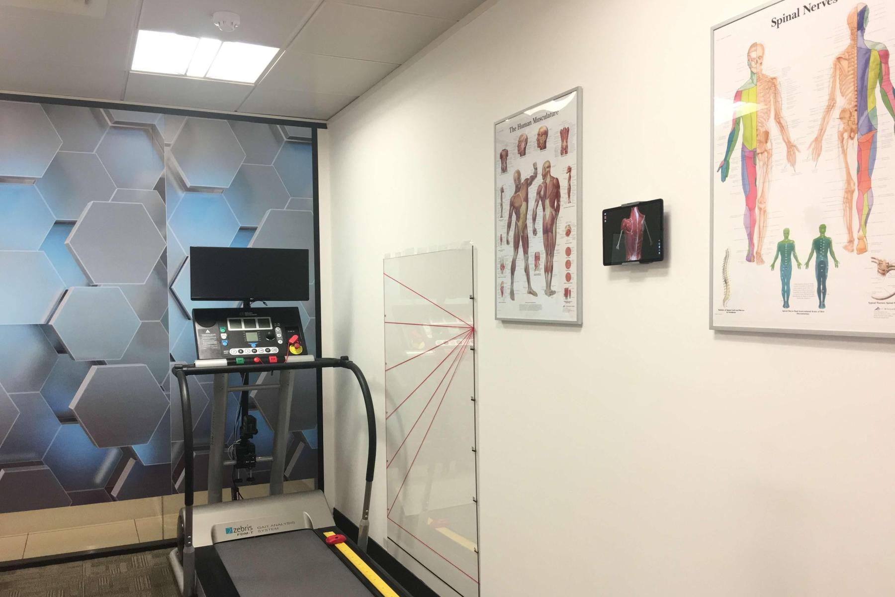 Gait Analysis,Sports Therapy Mr Salus Sporting Lab