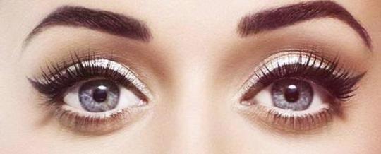 winged-eyeliner