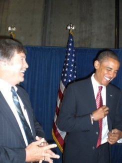 harris-obama-laughing-081908