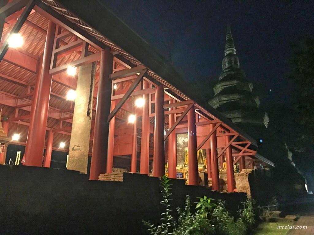 清盛柴迪隆寺(Wat Chedi Luang)