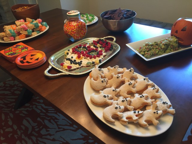 Our table of Snacks for a Halloween Party